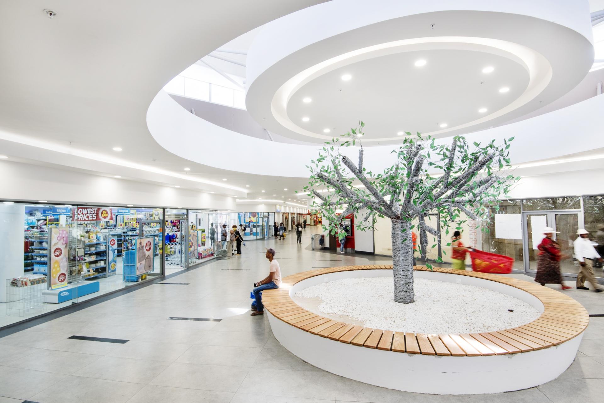 Durbanville Town Centre - Centrecourt - 2018-11-11